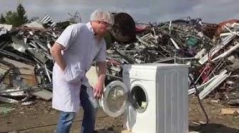 Self Destructing Washing Machine makes Qstock Ice Cream