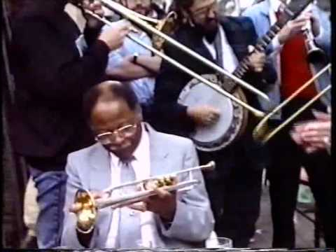 CLARK TERRY, unexpected guest of Peter Welch jazz street band