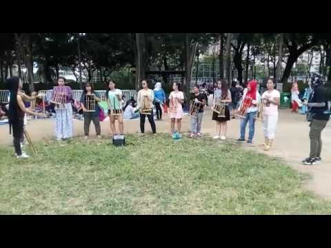 Angklung Indonesia traditional music