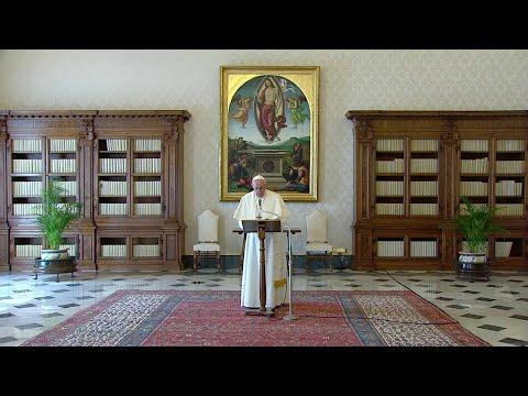 Pope announces global prayer Wednesday and extraordinary Urbi et orbi blessing Friday
