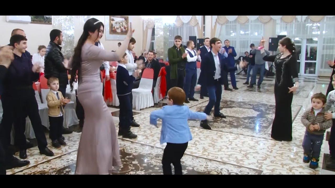 Лезгинка от братьев на турецкой свадьбе