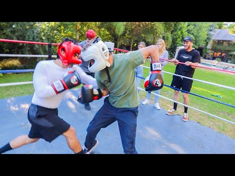 Boxing A Famous Youtuber In Front Of Logan! - Tanner Fox