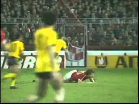 Nottingham Forest - A.E.K Athens 5 - 1