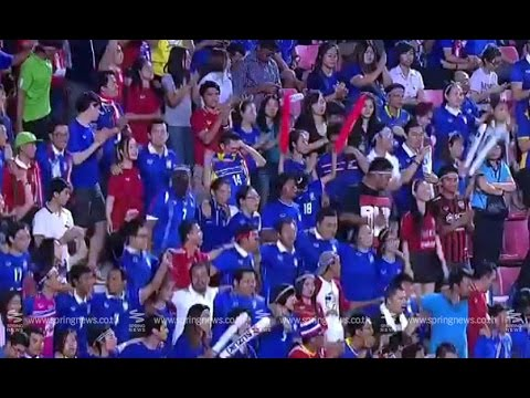 Spring Speak Soccer 20/12/57 : บรรยากาศแฟนบอลทีมชาติไทยฉลองชัย ฟุตบอลซูซูกิคัพ 2014