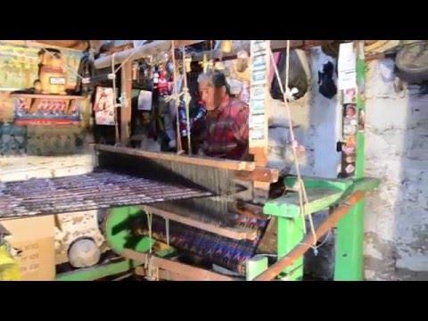 Elaboración de trajes típicos Guatemala Salcaja