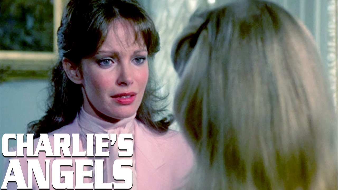 Kelly And Kris Fight Over A Man | Charlie's Angels