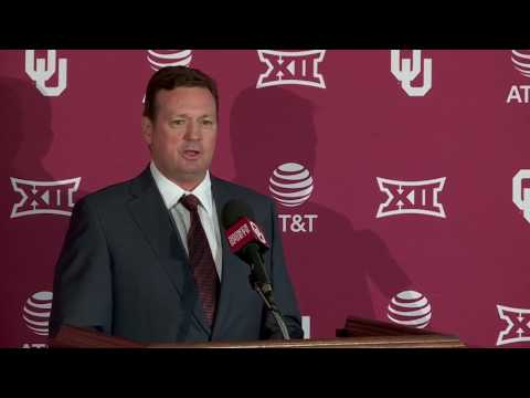 University of Oklahoma Sooners head coach Bob Stoops announces retirement