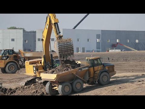 Foxconn construction site a flurry of activity