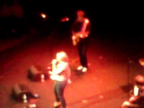 Lauren Alaina - The Funny Thing About Love (Springfield, Ma) 12/13/2011 mp3
