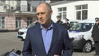 Міський голова урочисто вручив правоохоронцям ключі від новеньких автівок