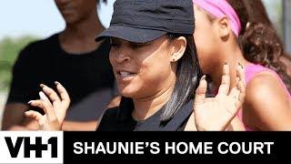 Shaunie Milks A Cow | Shaunie's Home Court