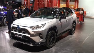 2019 Toyota RAV4 Hybrid - first look, exterior & interior tour