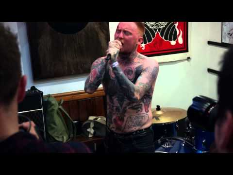 """Frank Carter and The Rattlesnakes LIVE """"Loss"""" Sang Bleu May 2015"""