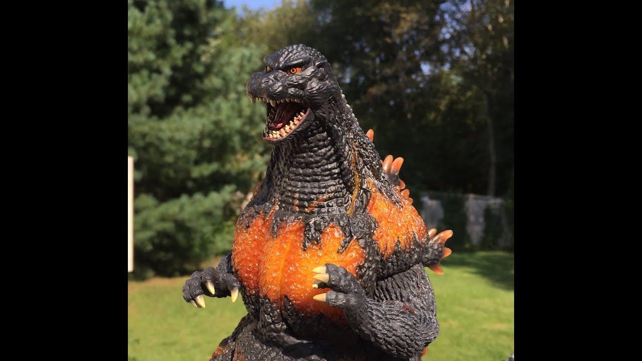 X Plus 25cm Burning Godzilla Youtube