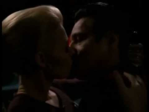 """Chakotay and Seven of Nine's First Kisses (VOY: """"Endgame"""")"""