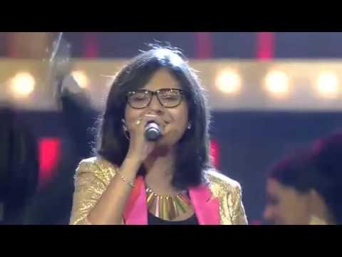 Shakthisree gopalan amazing stage performance