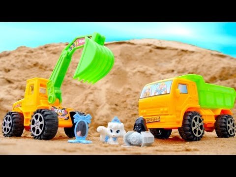 Видео машинки для детей. Игры и игрушки - Сюрприз в песочнице.