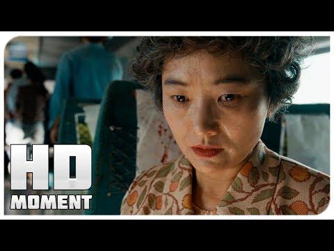 Ин Гиль впустила зомби в вагон - Поезд в Пусан (2016) - Момент из фильма