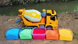 Learn Colors With Cement Truck Carry Colorful Bubble - Construction Vehicles For Kids