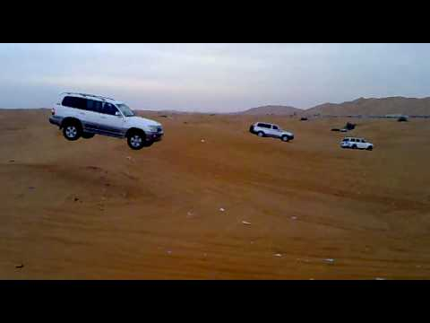 Toyota Land Cruiser V8/200 vs. Mercedes GL vs. Land Rov ...