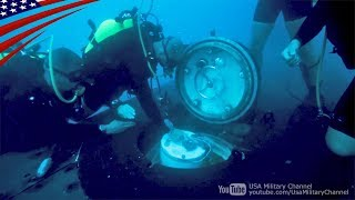本物の潜水艦を使った潜水艦救難訓練 - ダイバーと潜水艇による救出作業