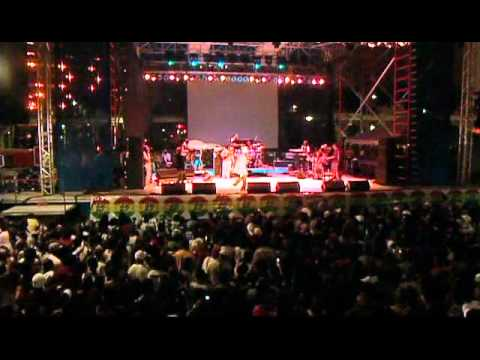 Sizzla-Da.Real.Live.Thing.2005. mp3