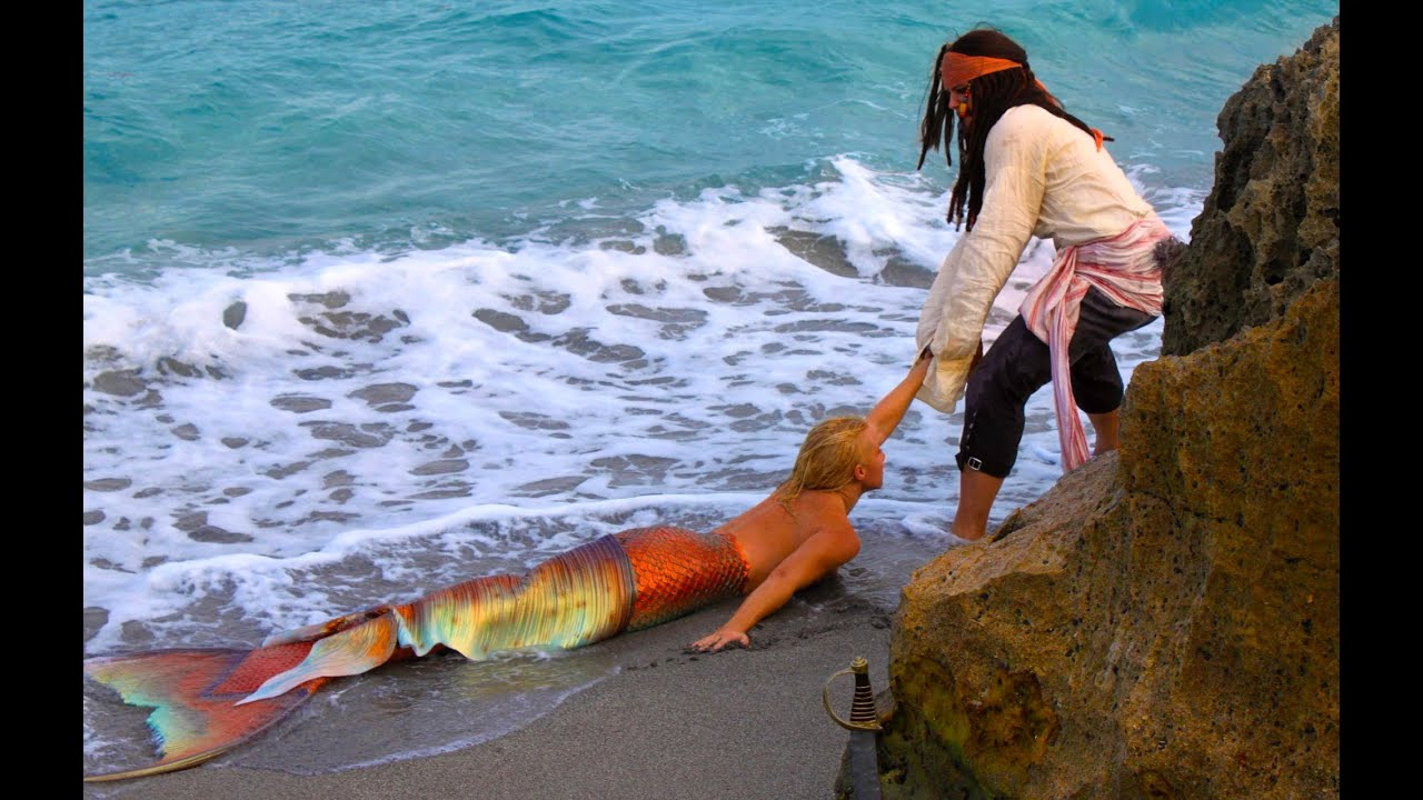 Pirate Buys Real Life Mermaid Melissa With Treasure Chest ...