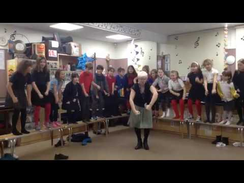 I Want a Hippopotamus for Christmas - Actions Demo for Choir (4C)