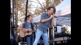 """Easton Corbin """"That's Gonna Leave a Memory"""" @ Temecula Valley Balloon and Wine Festival 2013"""
