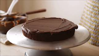 Bánh gato chocolate phủ kem chocolate