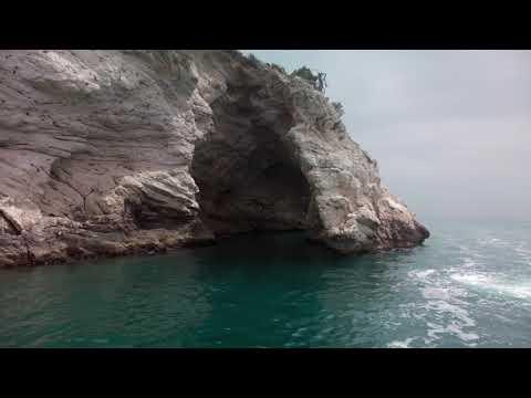 Gargano, tour in barca lungo la costa