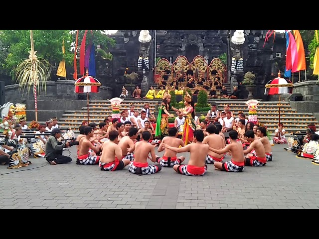 Balerung Stage / Indonesia Satu / Okokan Kolaborasi dg Kecak Fire Dance