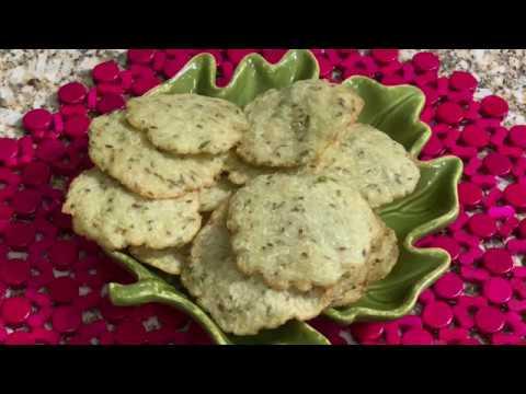 Sorakaya Appalu / Sorakaya Pappalu / Bottle Gourd Crackers