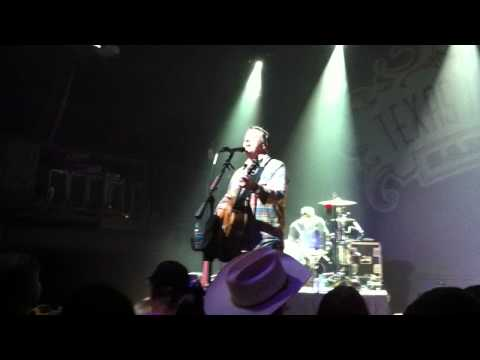 Cory Morrow - Good Intentions (HD) Texas Music Theater San Marcos