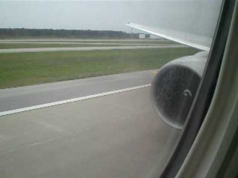 Continental Airlines Boeing 777-200ER Takeoff