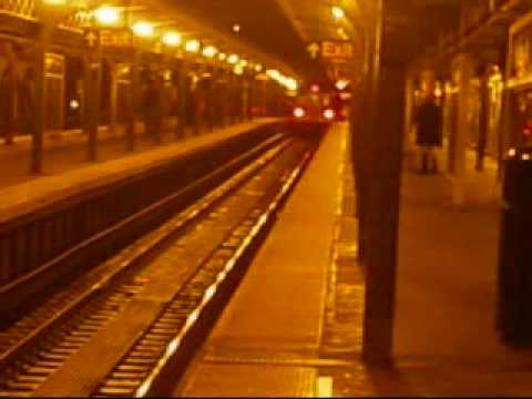 A ride on the R160A J Express Train/ R160A J & M Trains at Myrtle  Ave-Broadway (Night Time)