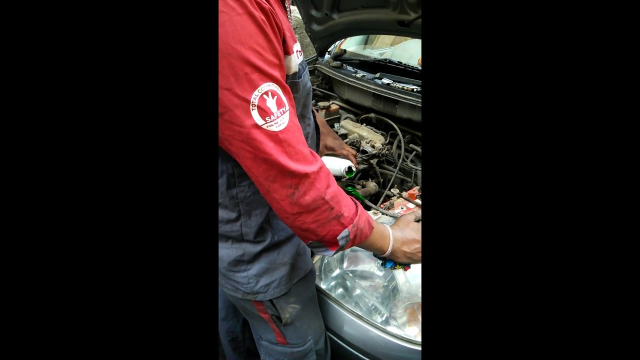 Hyundai Service Engine Oil, Oil Filter And Coolant