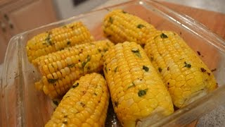 Zapętlaj How to Cook Butter Roasted Corn-on-the-Cob: Cooking with Kimberly | CookingWithKimberly