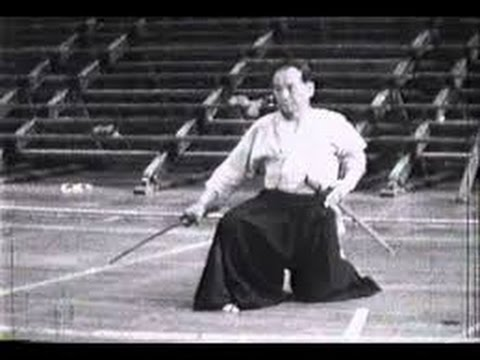 IAIDO BLACK BELT FORMS: HAGA JUNICHI(RARE FOOTAGE) - Genius Swordsman of Showa Period Kendo
