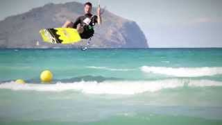 FlySplit travels to Mallorca - Big Air, Loops & Airstyle on Cronix & S4 Lotus