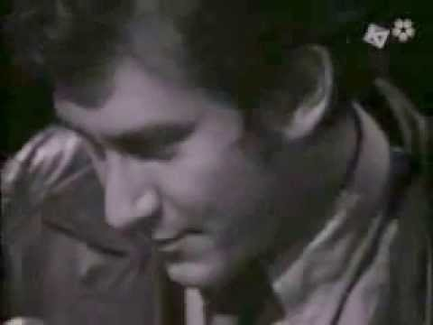 PHIL OCHS~I AIN'T MARCHING ANYMORE