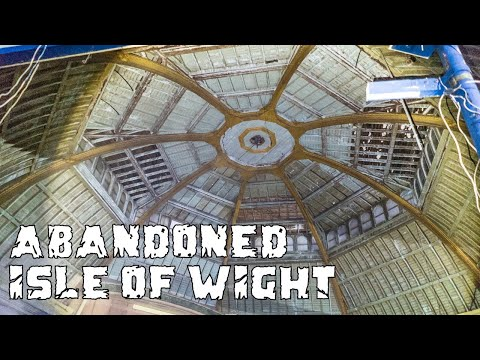 Exploring Derelict Arcade Grand Pavilion Ventnor - ABANDONED ISLE OF WIGHT