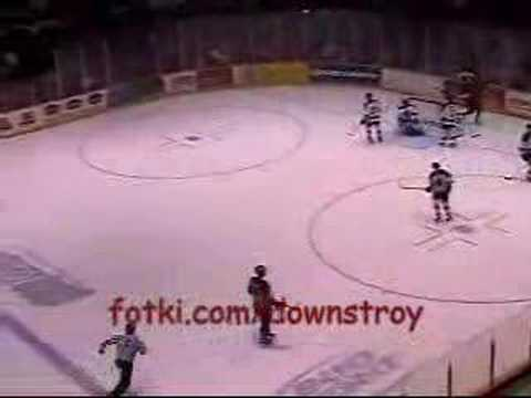 Don Parsons sets record for goals scored by an American