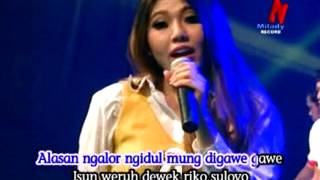 Download lagu Via Vallen Ojo Nguber Welas MP3