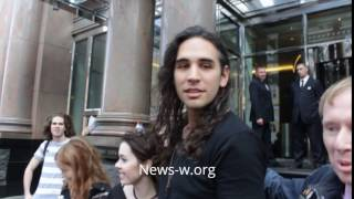 Nick Simmons looks confused in Moscow 1.05.2017