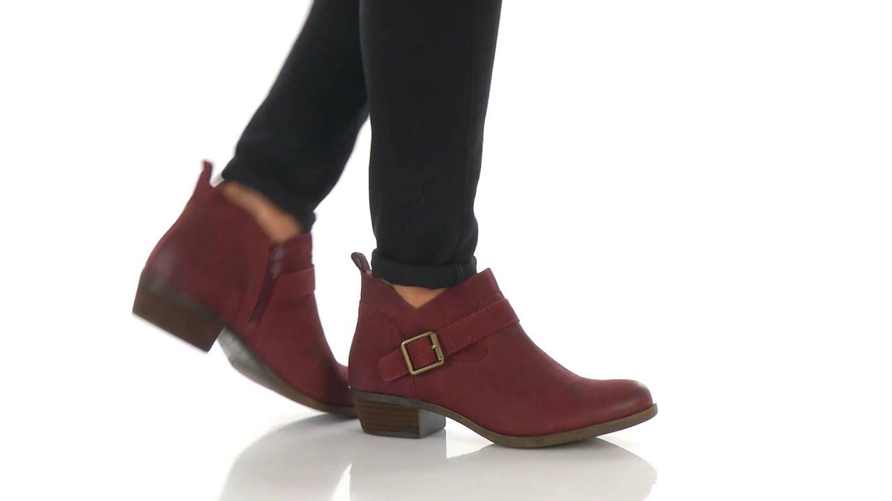 Lucky Women's Boomer Boot