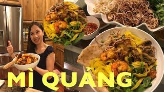 Hãy Xem Cách Nấu Mì Quảng Ngon Không Kém Quê Nhà - Quảng Noodle With Pork and Shrimp