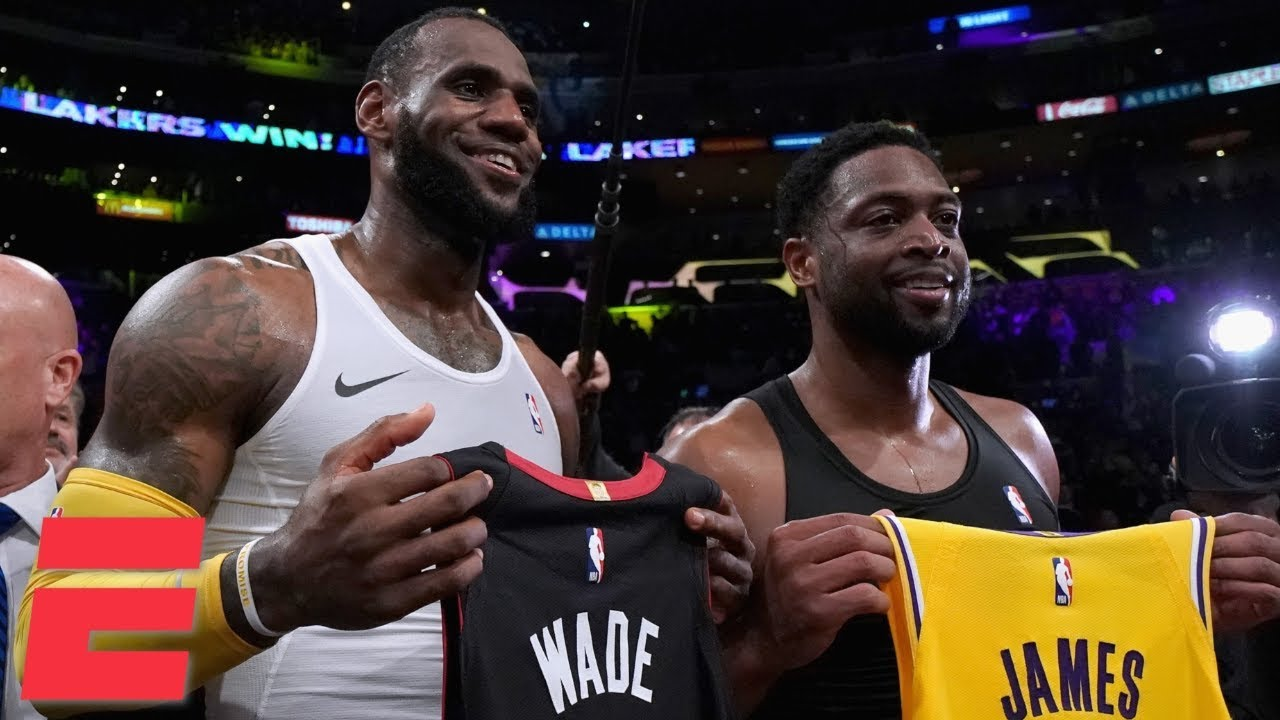 4f4076f40671 LeBron James, Dwyane Wade hug, swap jerseys in final meeting as Lakers win  vs. Heat | NBA Highlights