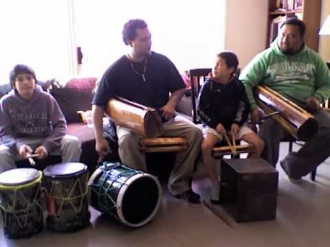02 Cook Island Drumming.mov