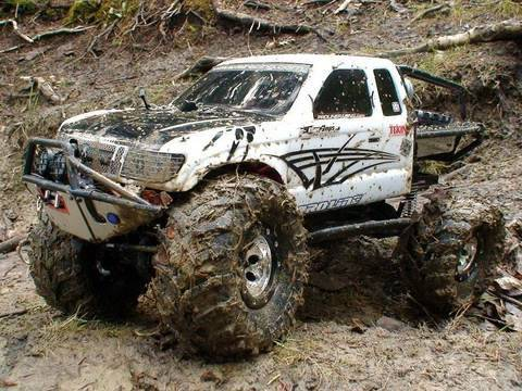 RC ADVENTURES - SCALE RC TRUCKS # 17 - AXIAL SCX10 MONSTER TRUCK -  A DARK & MUDDY FOREST